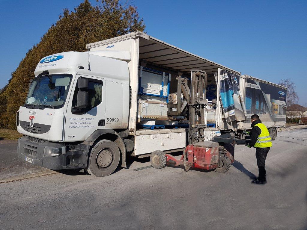 camion de livraison novoferm